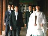 靖国神社で参拝