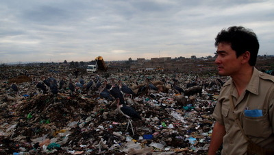 ナイロビのゴミ最終処分所の視察~JICAの取り組み・100パーセントのゴミ回収率を目指して~