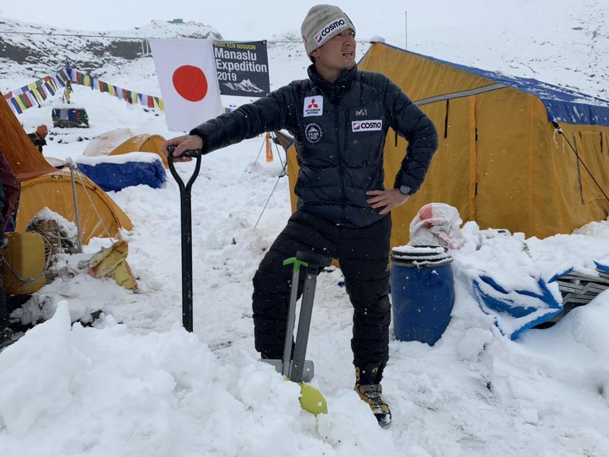 ベースキャンプ、再び大雪