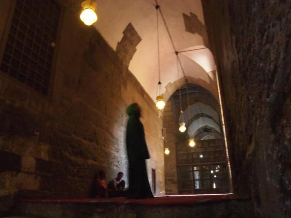 モスクの中2.jpg