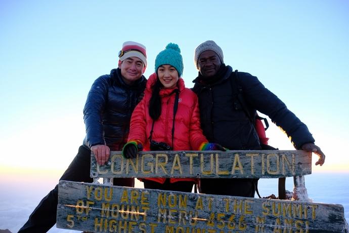 メルー山(4566m)山頂にて