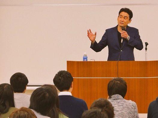 了徳寺大学にて講演