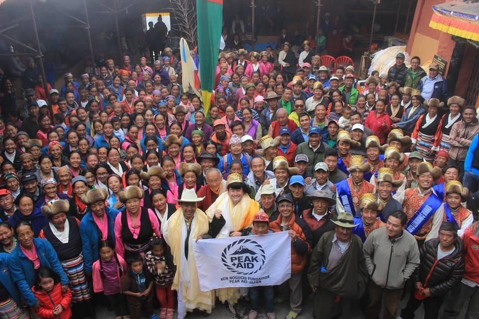 クムジュン村にて式典が開催