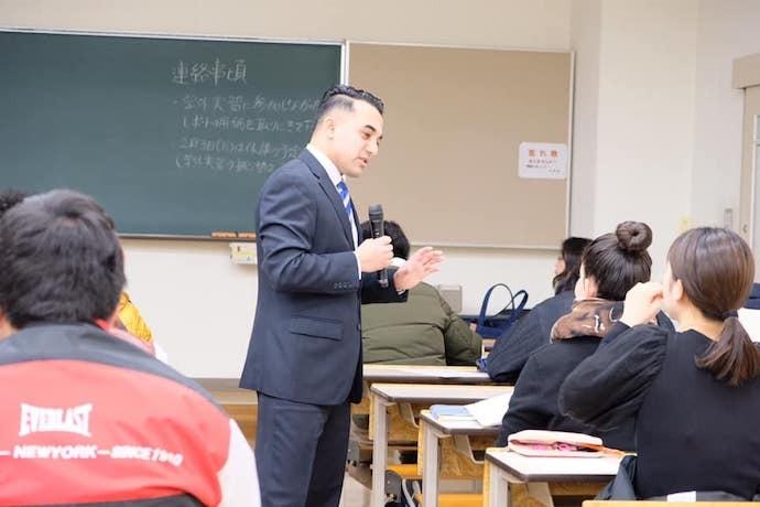 母校・倉敷芸術大学で講義を行う