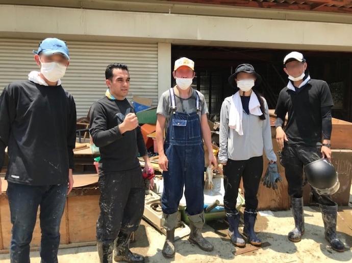 2018年西日本豪雨で大きな被害を被った真備町でボランティア