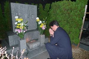 龍さんの墓参り