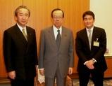 福田総理と鴨下環境大臣