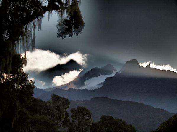 5番・ルゥエンゾリ山地・マルガリータ峰(ウガンダ)