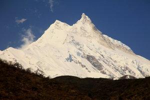 サマ村からのマナスル峰