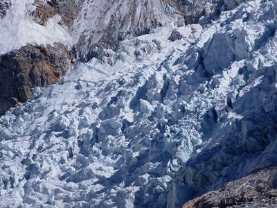 エベレストのアイスフォール。