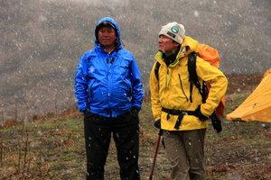 ピサンピーク登頂後は毎日が雨に雪