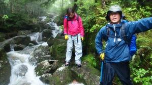 内田さんと伊藤さんもずぶ濡れ
