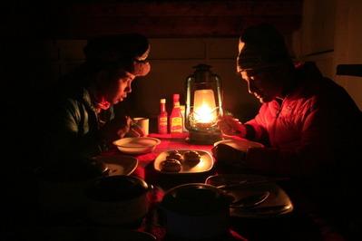 男二人の夕食会