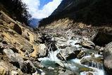 タンナ村からこて村に下る途中の光景