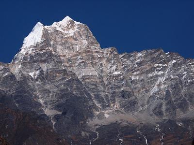 クスムカングル峰