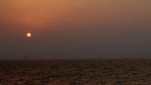 この寂しげな夕日が好きです