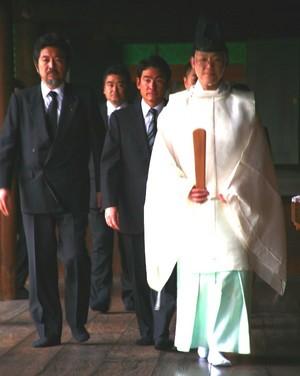 靖国神社にて参拝