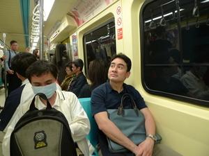 台北市の地下鉄に乗って