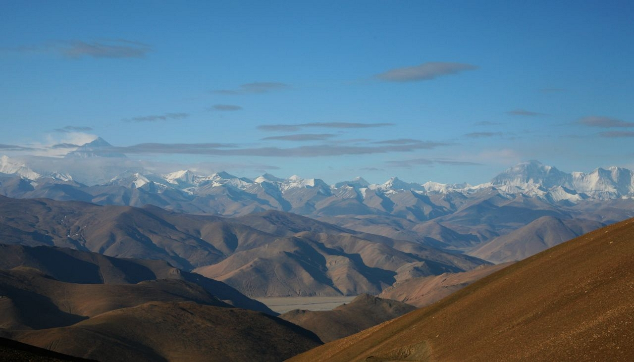 ヒマラヤ山脈 左端がチョモランマ